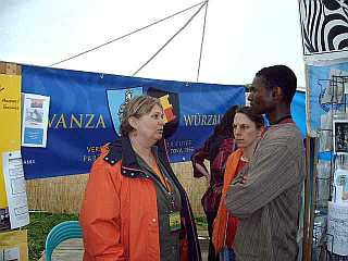 A. Müller-Mbwilo beim Africa Festival 06